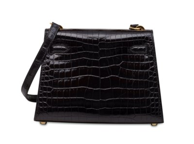 A BLACK CALF BOX LEATHER SELLI