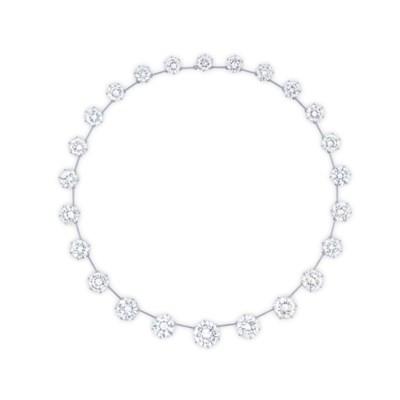 A SUITE OF DIAMOND JEWELLERY,