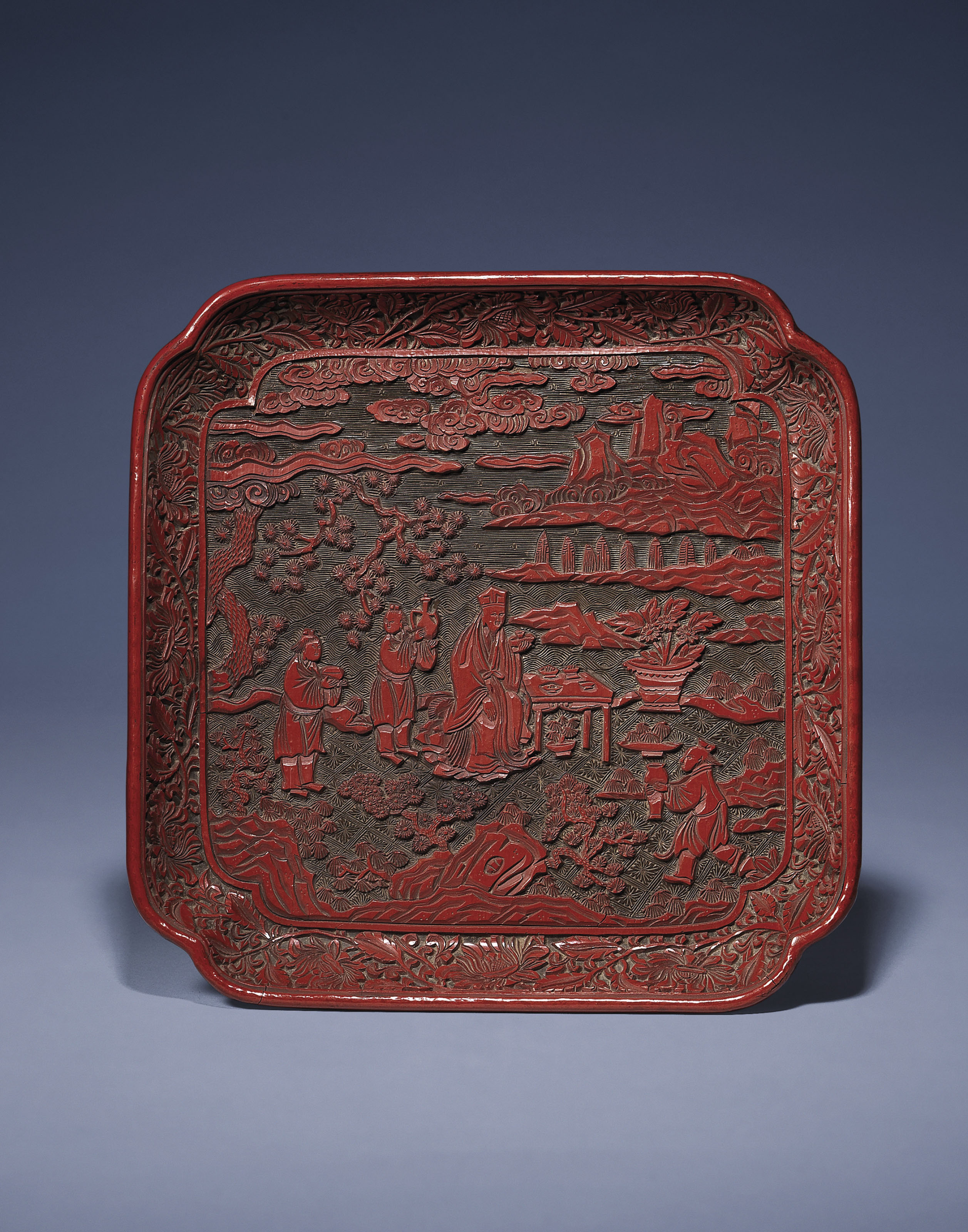 A YUNNAN-STYLE CARVED TWO-COLO