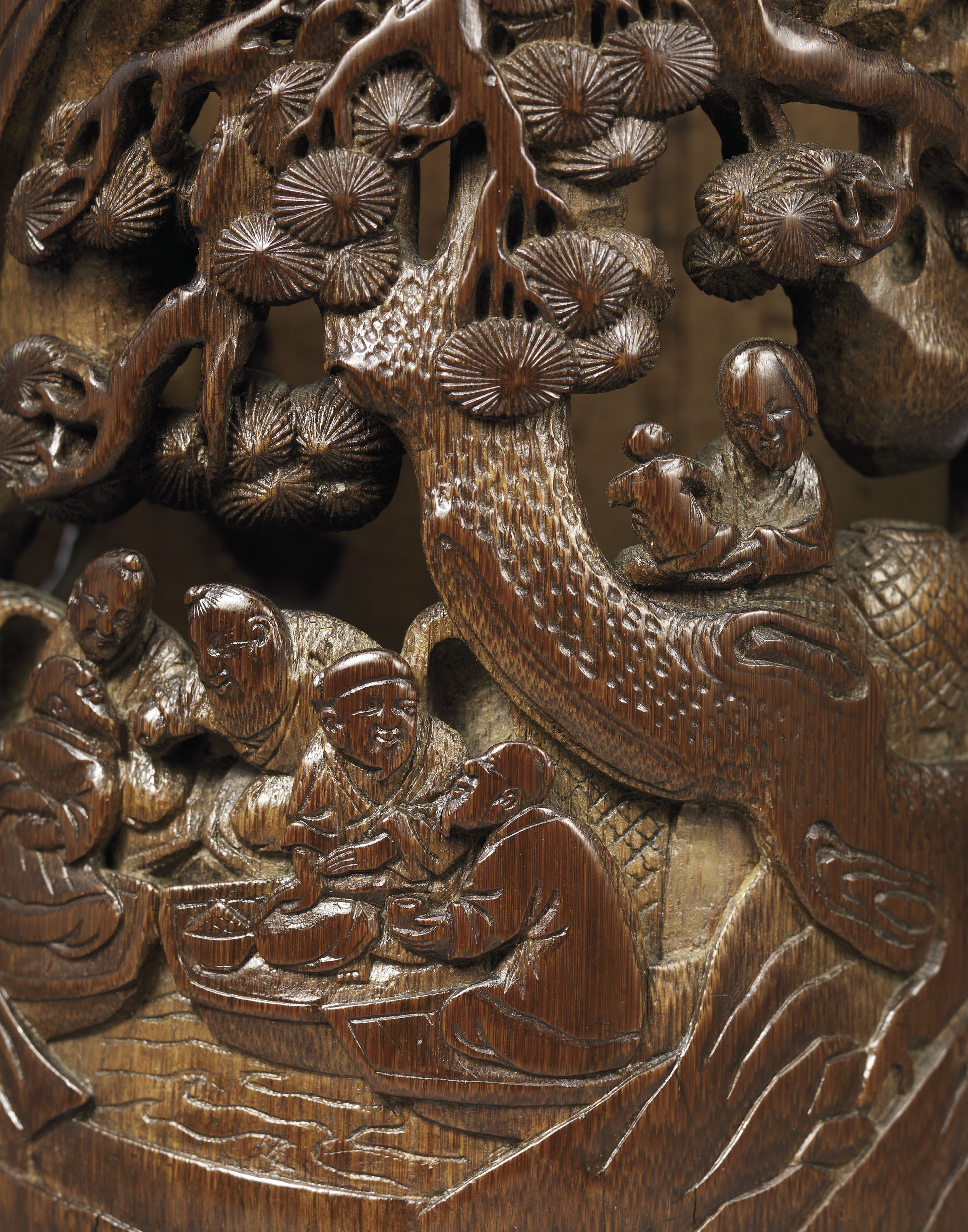 A CARVED AND RETICULATED BAMBO