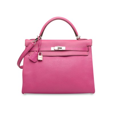 A FUCHSIA CHÈVRE LEATHER RETOU