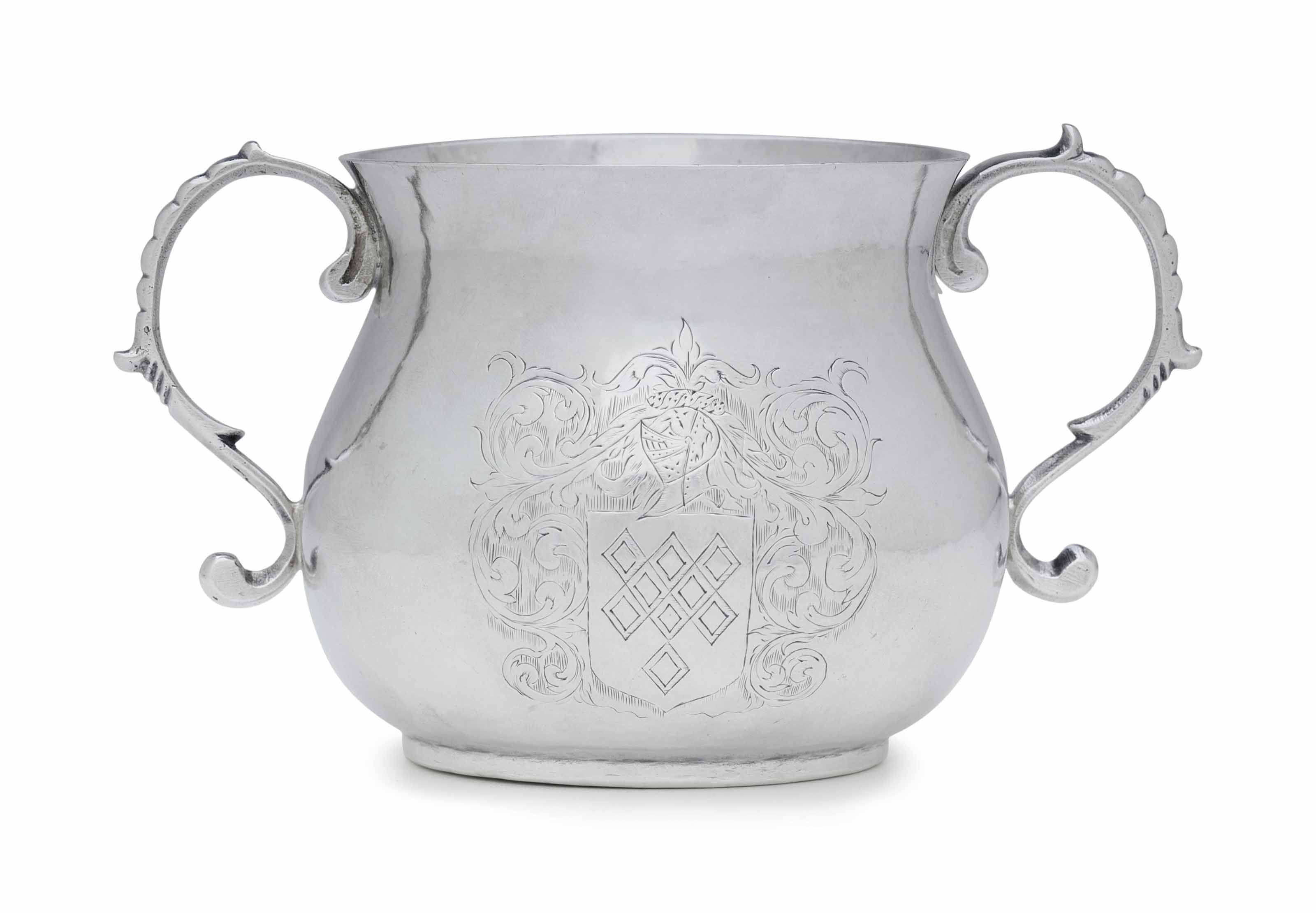 A SILVER CAUDLE CUP, ENGRAVED