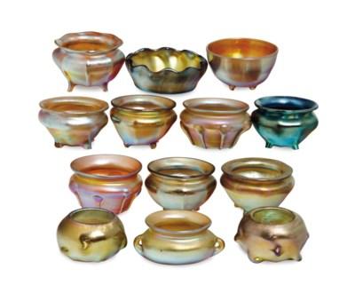 THIRTEEN AMERICAN FAVRILE GLAS