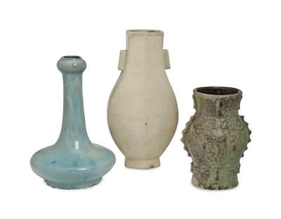 THREE CHINESE GLAZED PORCELAIN