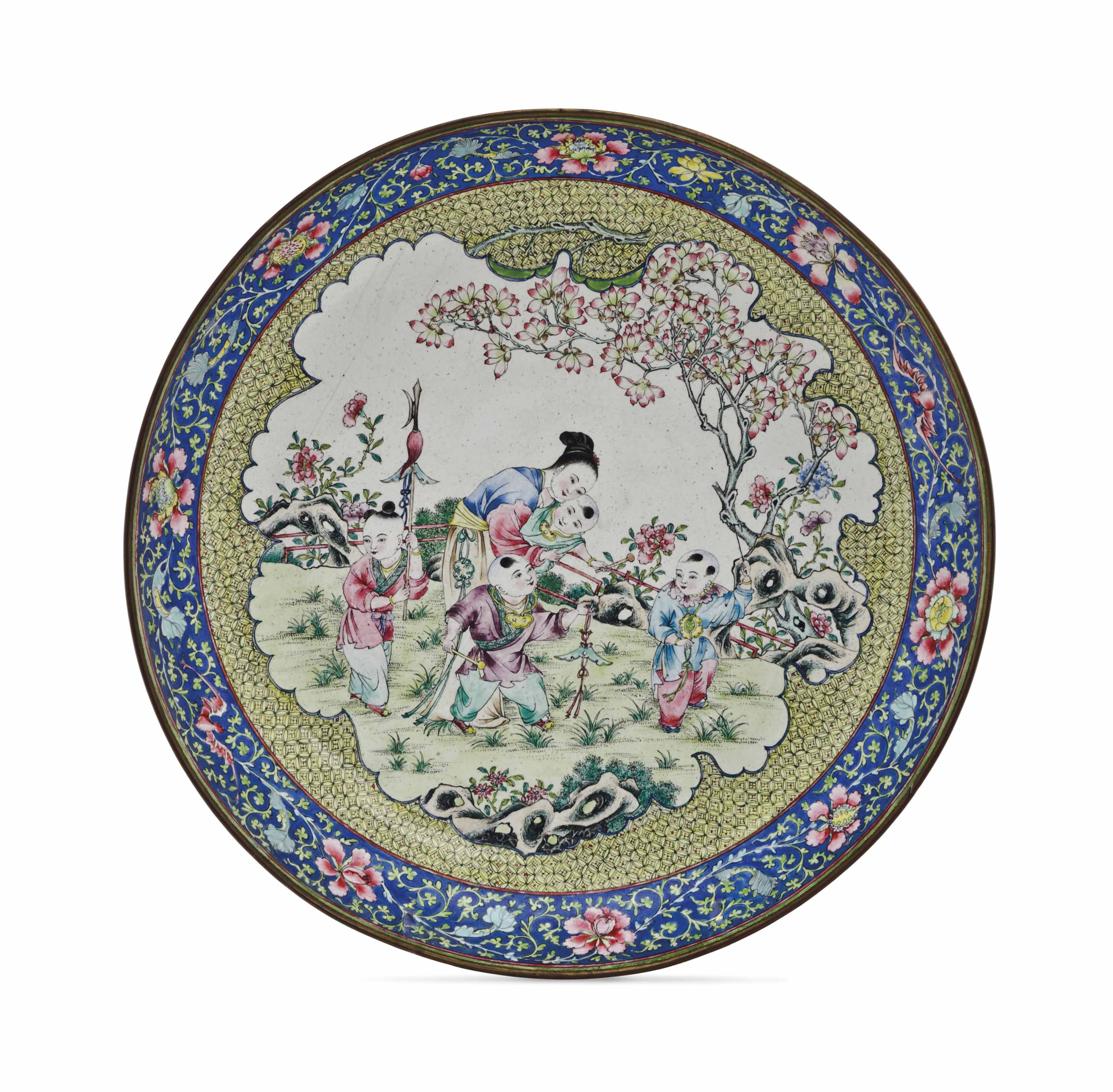 A CHINESE FAMILLE ROSE ENAMEL
