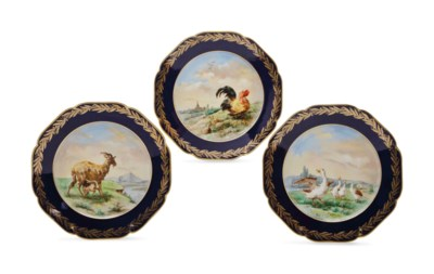 A SET OF TWELVE FRENCH (LIMOGE