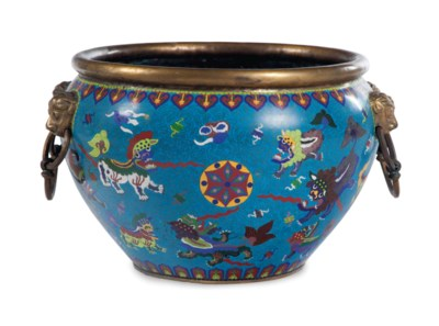 A CHINESE CLOISONNE ENAMEL FIS