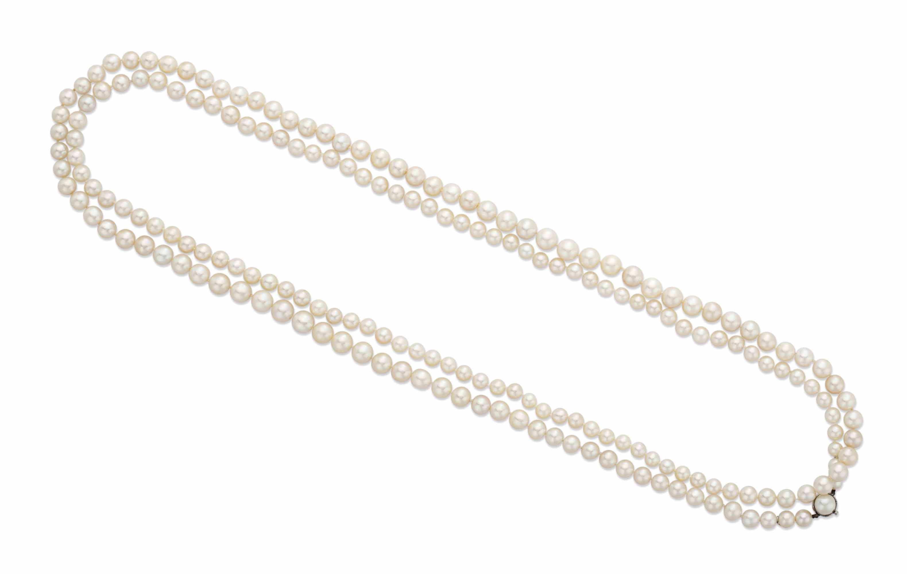 A GROUP OF PEARL JEWELRY