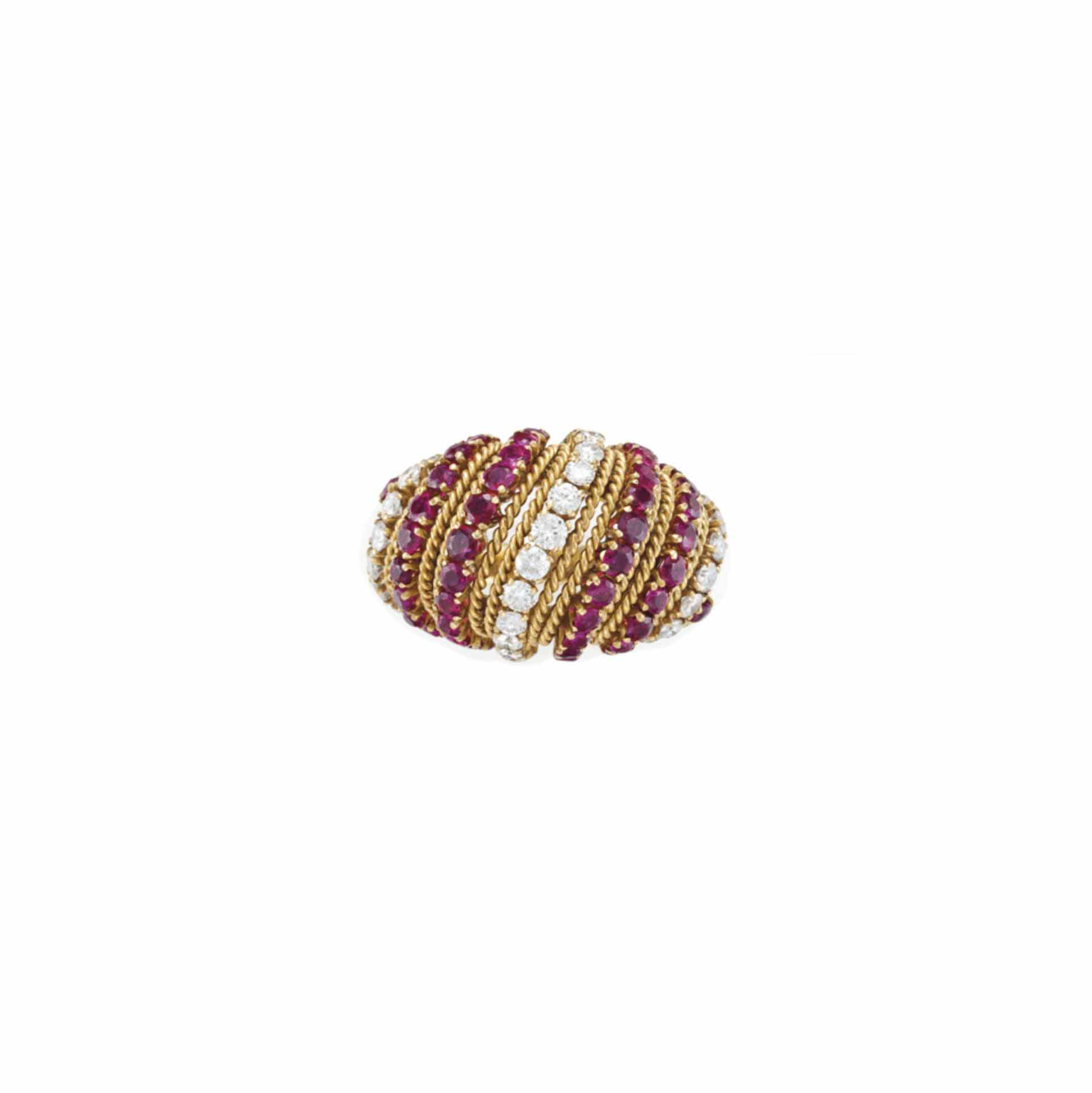 A RUBY, DIAMOND AND GOLD RING,