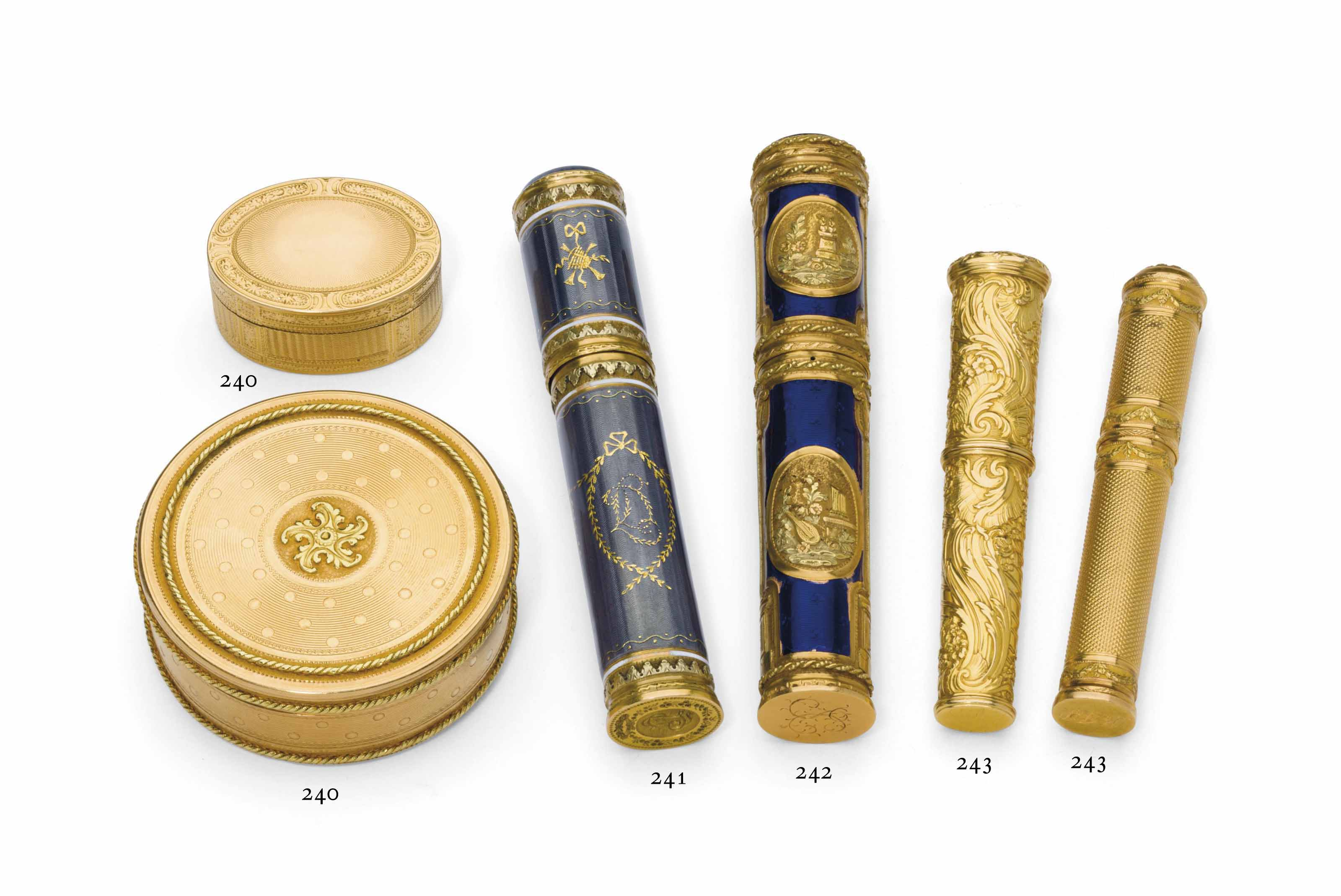 A LOUIS XVI TWO-COLOR GOLD BON