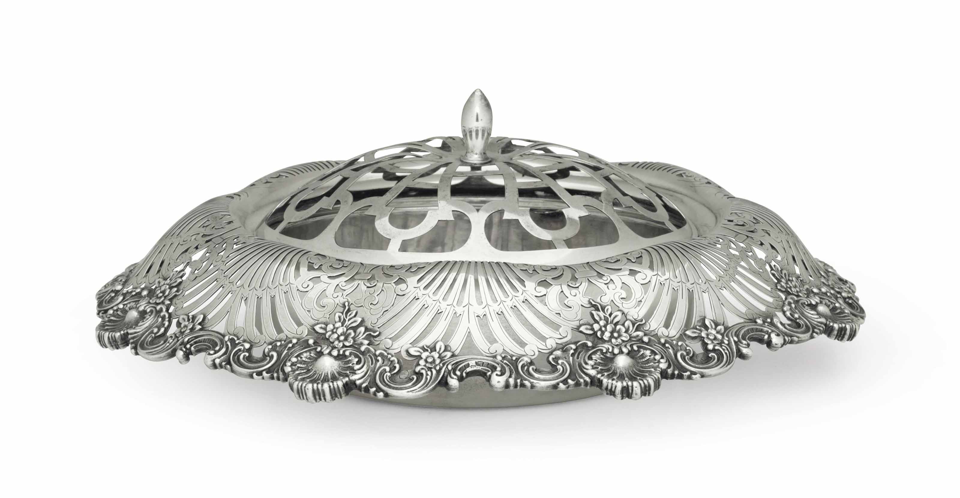AN AMERICAN SILVER FLOWER BOWL