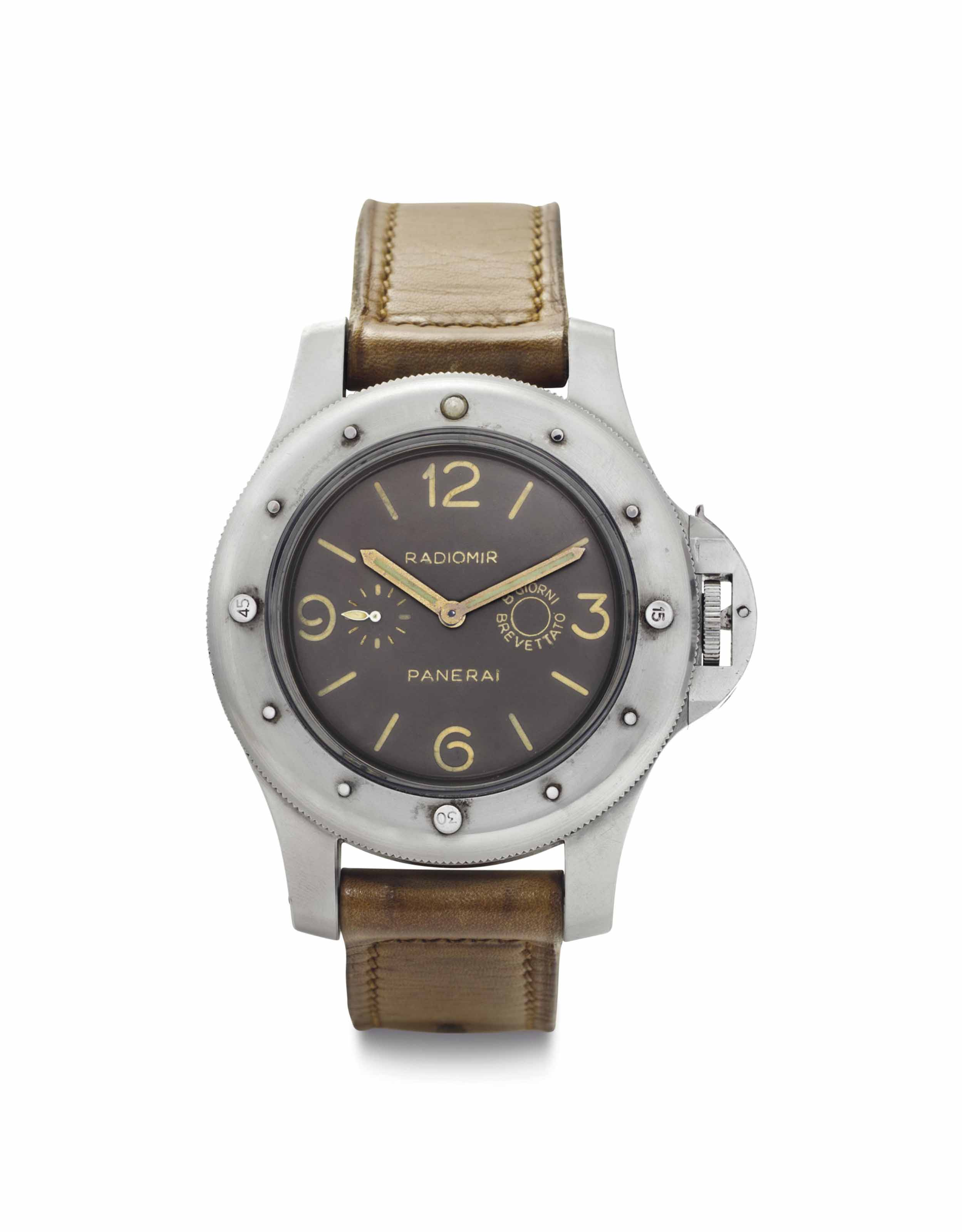Panerai. An Extremely Rare Ove