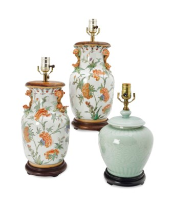 THREE CHINESE PORCELAIN VASES,