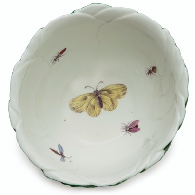 A PAIR OF WORCESTER PORCELAIN