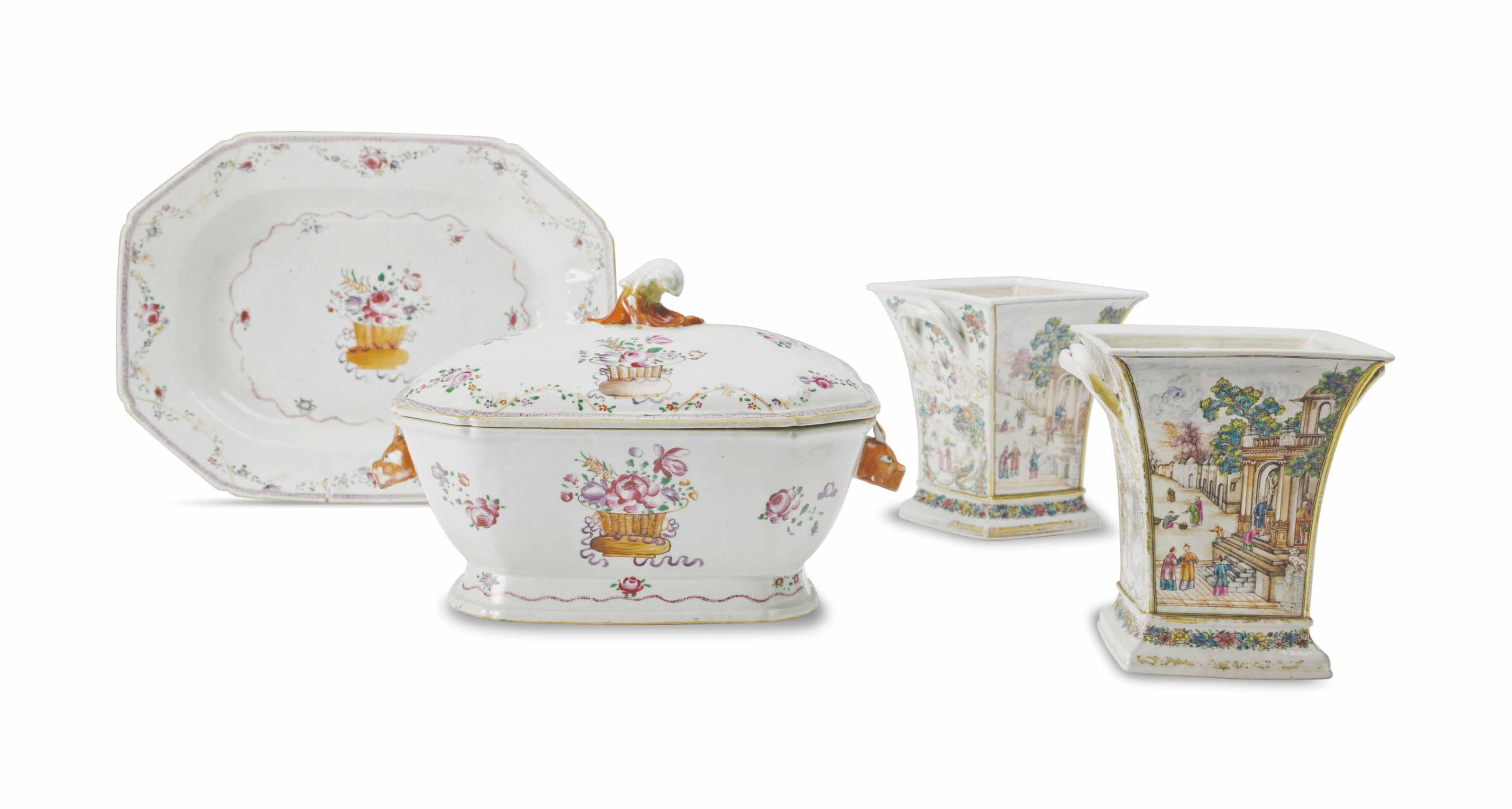 A CHINESE EXPORT PORCELAIN FAM
