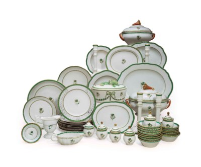 A CHINESE EXPORT PORCELAIN GIL
