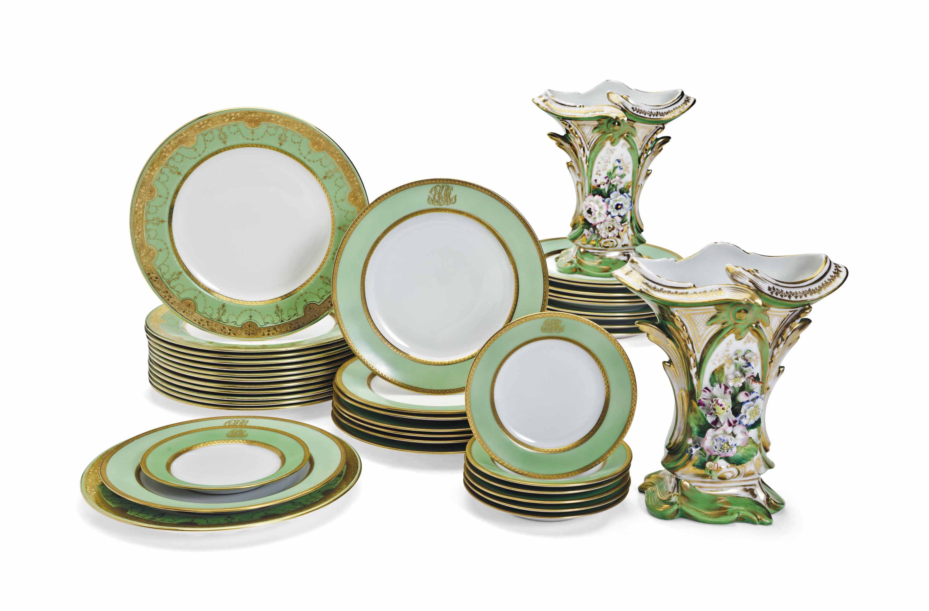 AN ASSEMBLED GREEN-GROUND PORCELAIN PART SERVICE AND A PAIR OF VASES