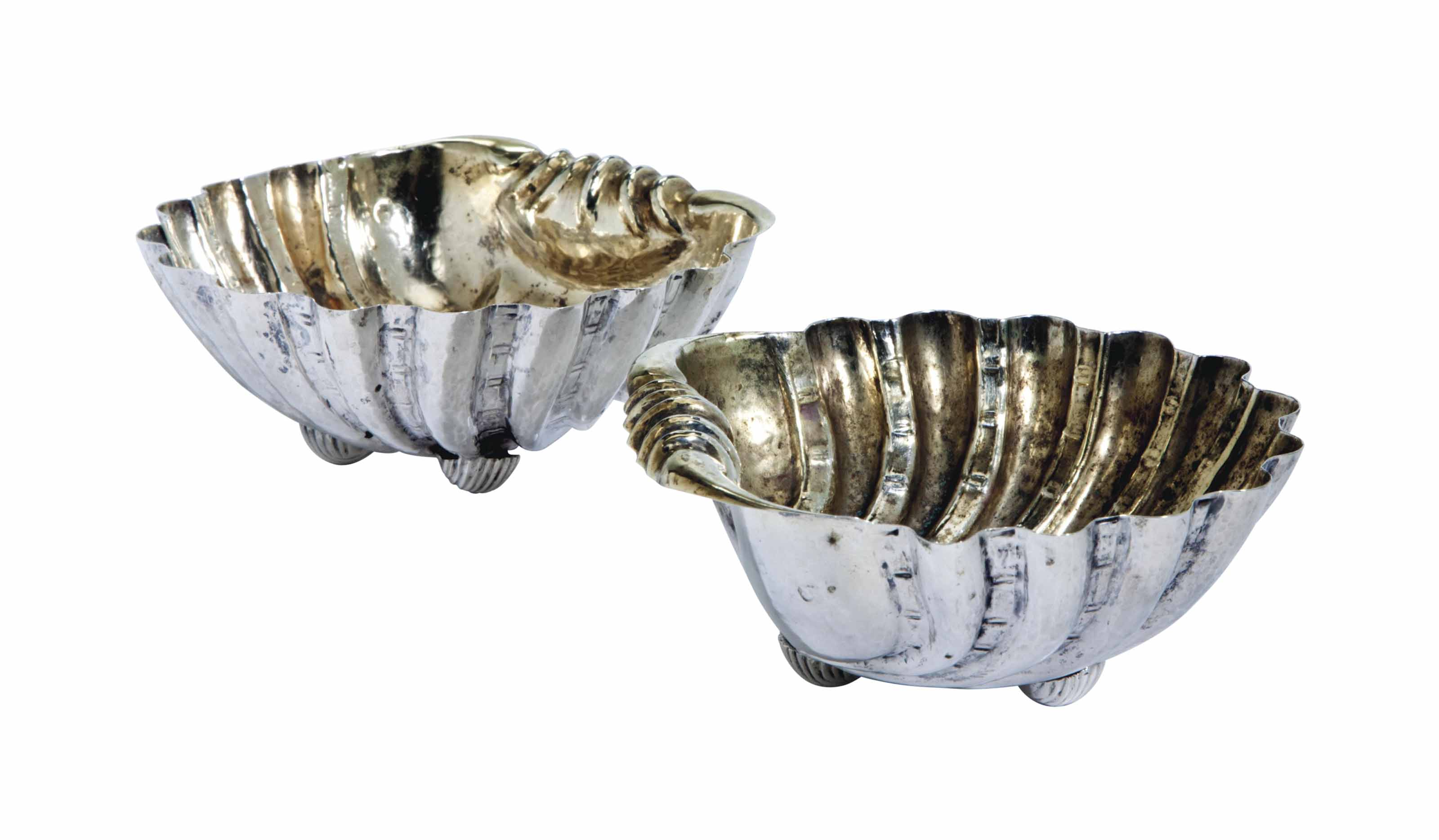 A PAIR OF SILVER SHELL-FORM DI