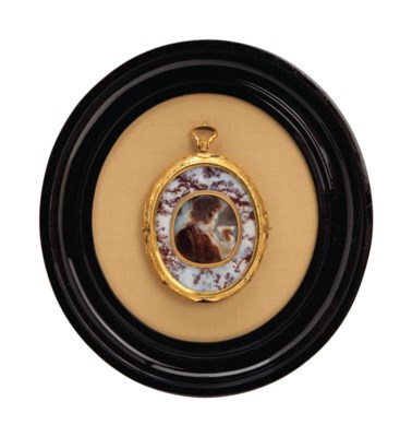 A CARVED BANDED AGATE CAMEO BU