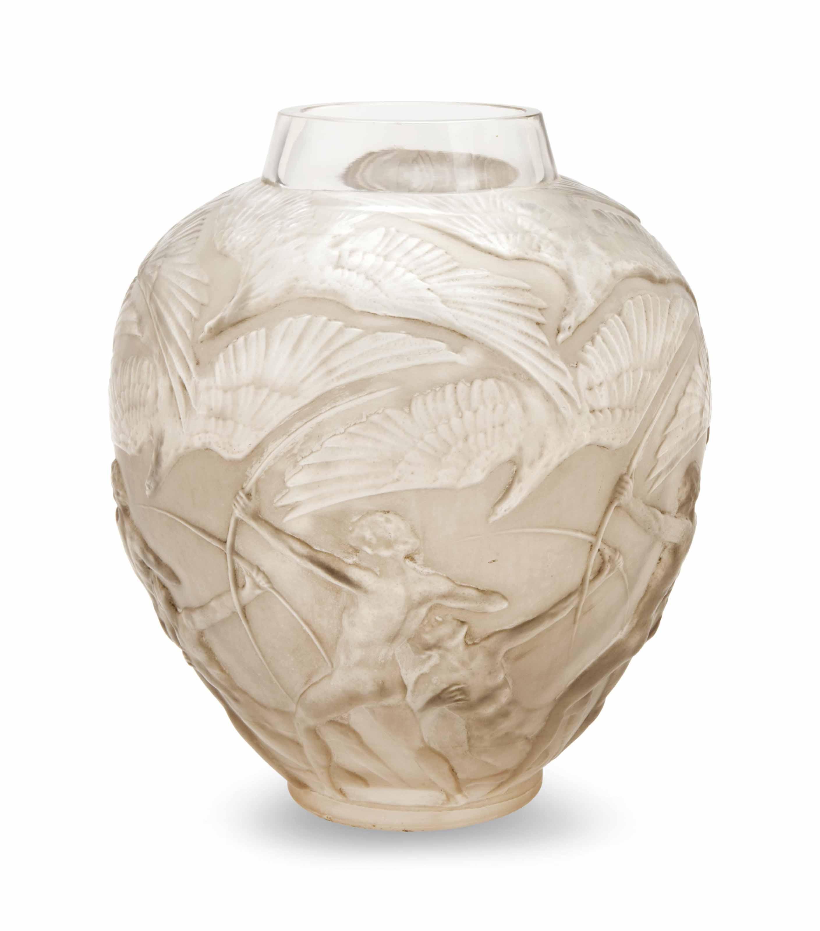 A FRENCH GLASS ARCHER VASE
