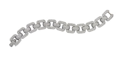 A DIAMOND AND WHITE GOLD BRACE