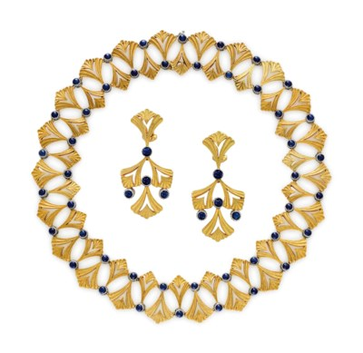 A SET OF SAPPHIRE AND GOLD JEW