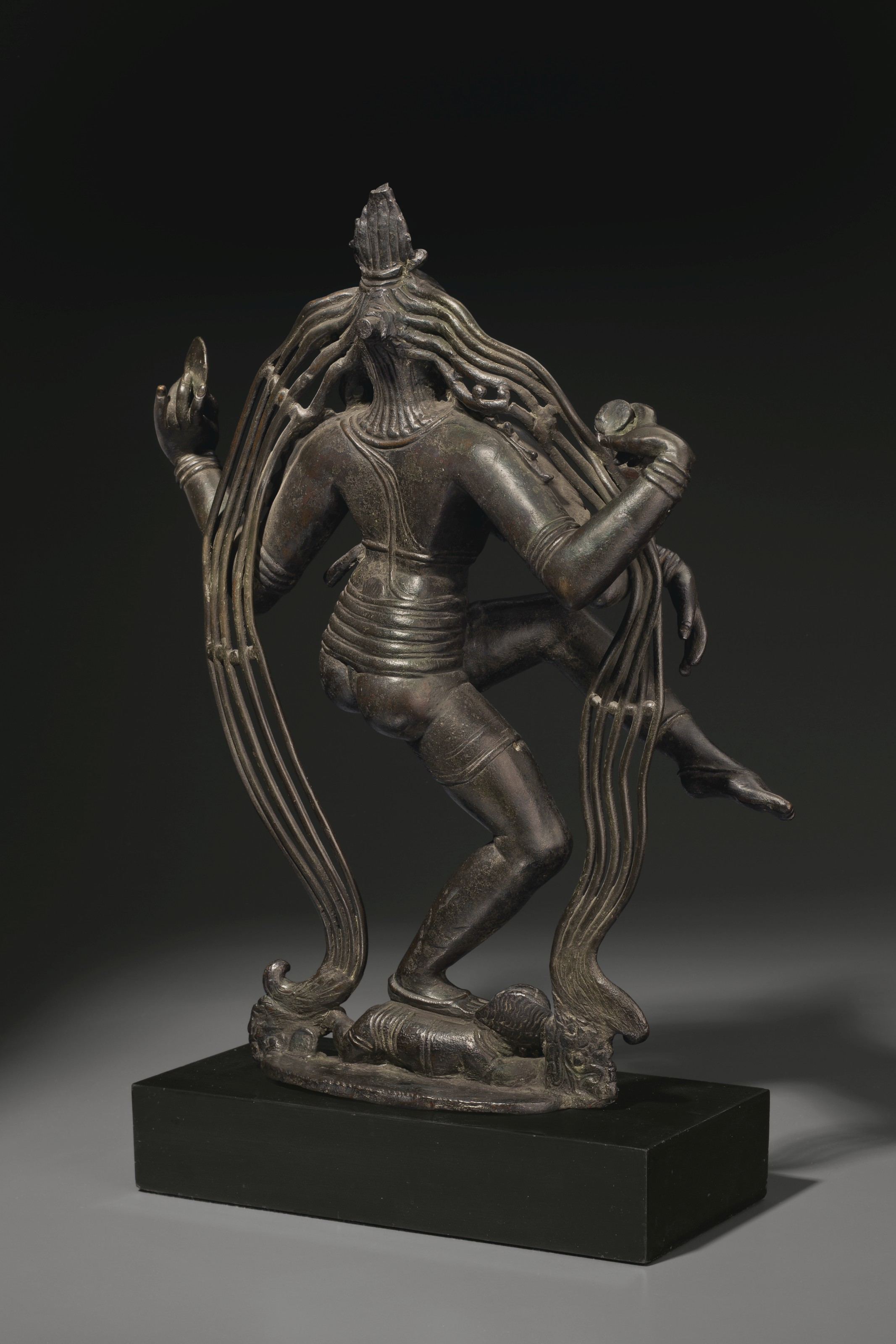 A RARE AND HIGHLY IMPORTANT BRONZE FIGURE OF SHIVA