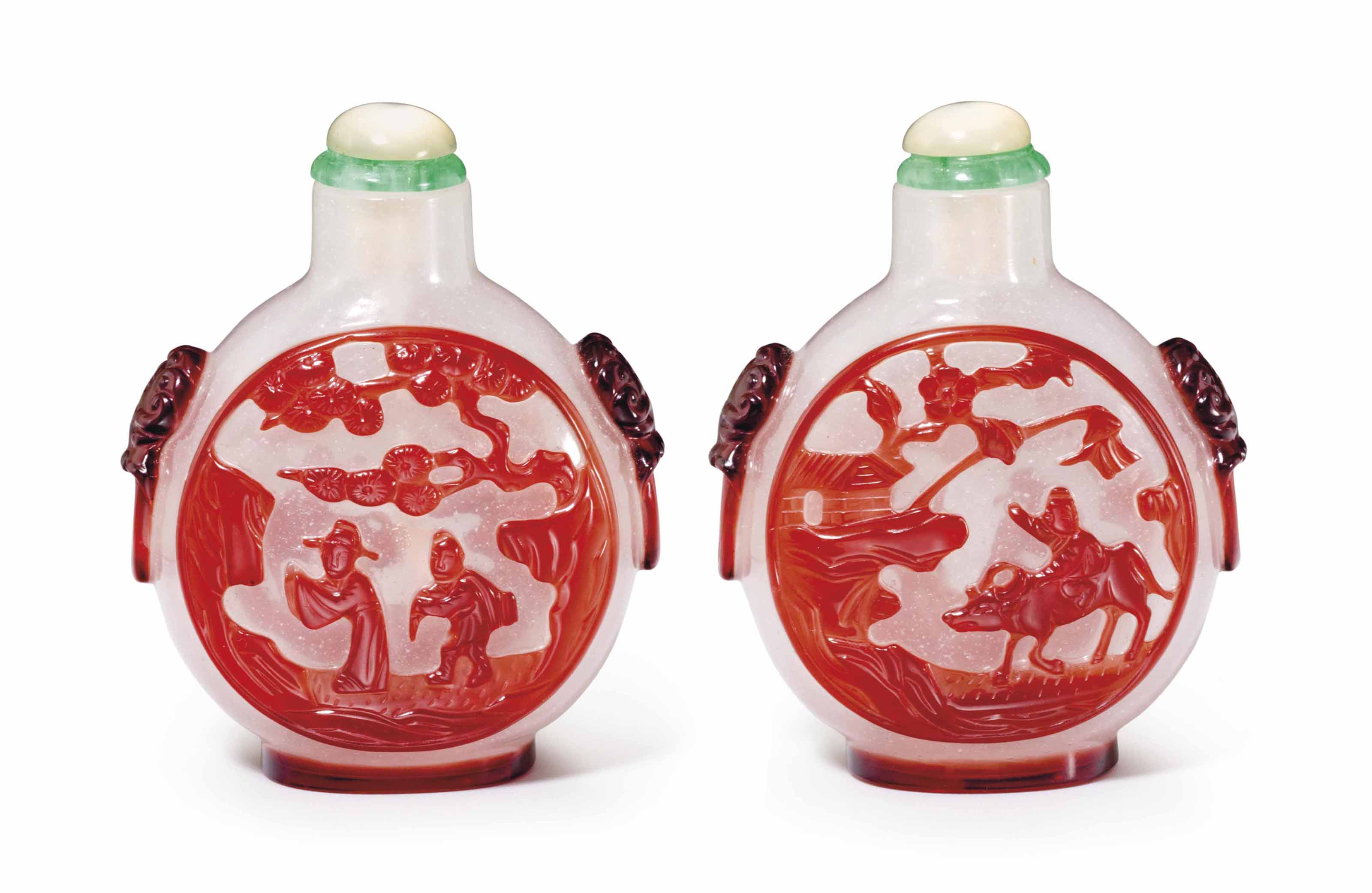 A RED-OVERLAY MILKY GLASS SNUF