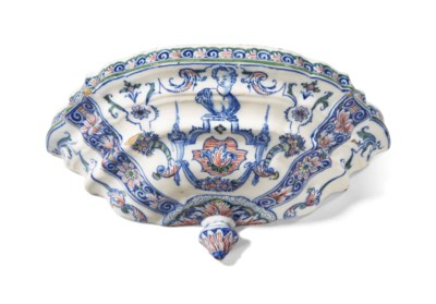 CONSOLE D'APPLIQUE EN FAIENCE