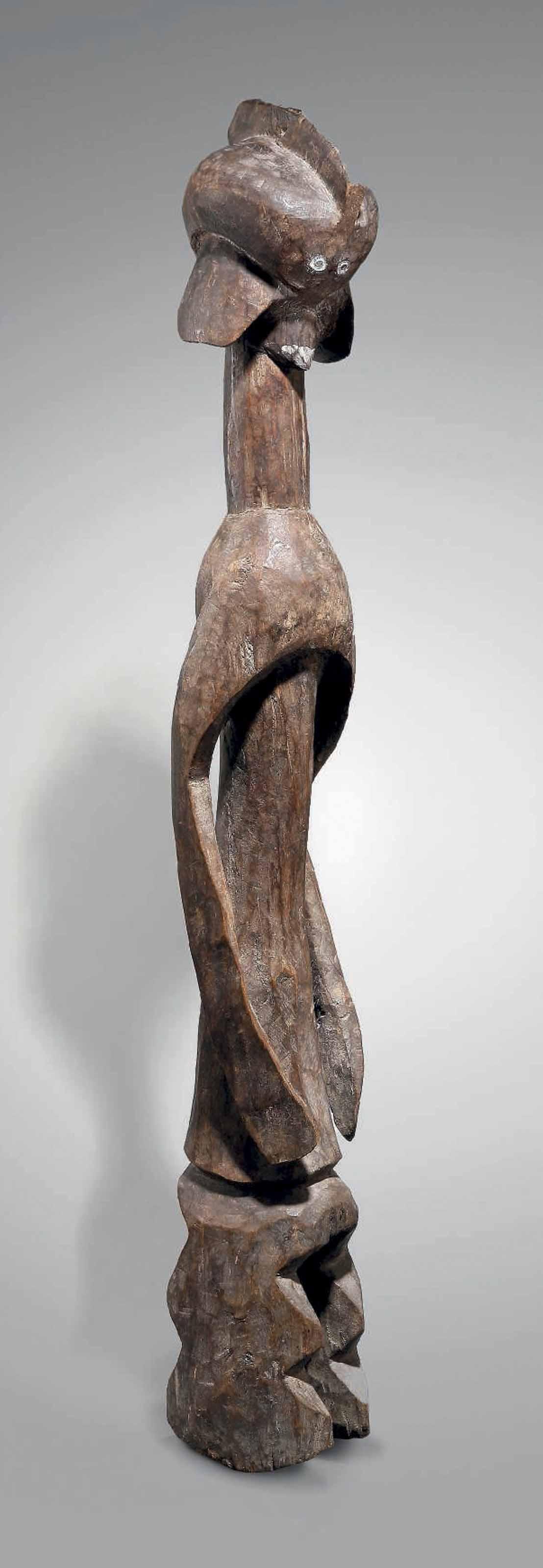 STATUE MUMUYE Mumuye figure