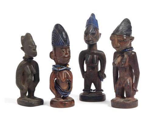 Ensemble de 4 statuettes, Yoru