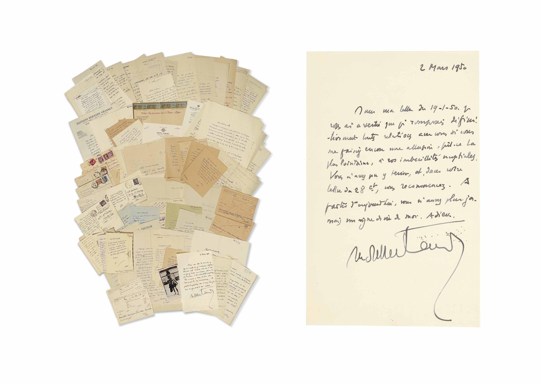 Henry de MONTHERLANT (1895-1972). 122 lettres autographes signées, 30 cartes postales ou billets, adressés à Alice Poirier de 1928 à 1963. Environ 200 pages in-4 ou in-8. Parmi elles, une photo de l'écrivain avec la mention autographe : « Montherlant s'en va-t-en guerre. Pour que Melle Poirier sache qu'il y a une seconde photo de moi où je rigole. Celle-ci a été prise à l'Ecole militaire le jour de mon départ pour les armées ». Plusieurs lettres portent une datation d'une autre main à l'encre rouge.