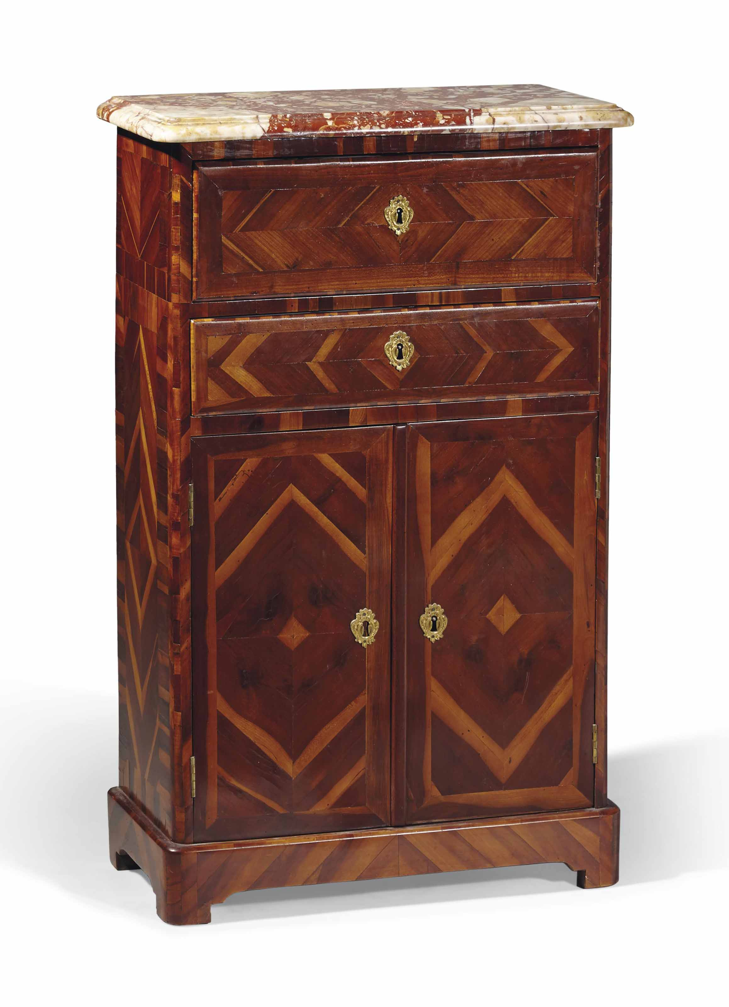 meuble d 39 entre deux de la fin de l 39 epoque regence. Black Bedroom Furniture Sets. Home Design Ideas