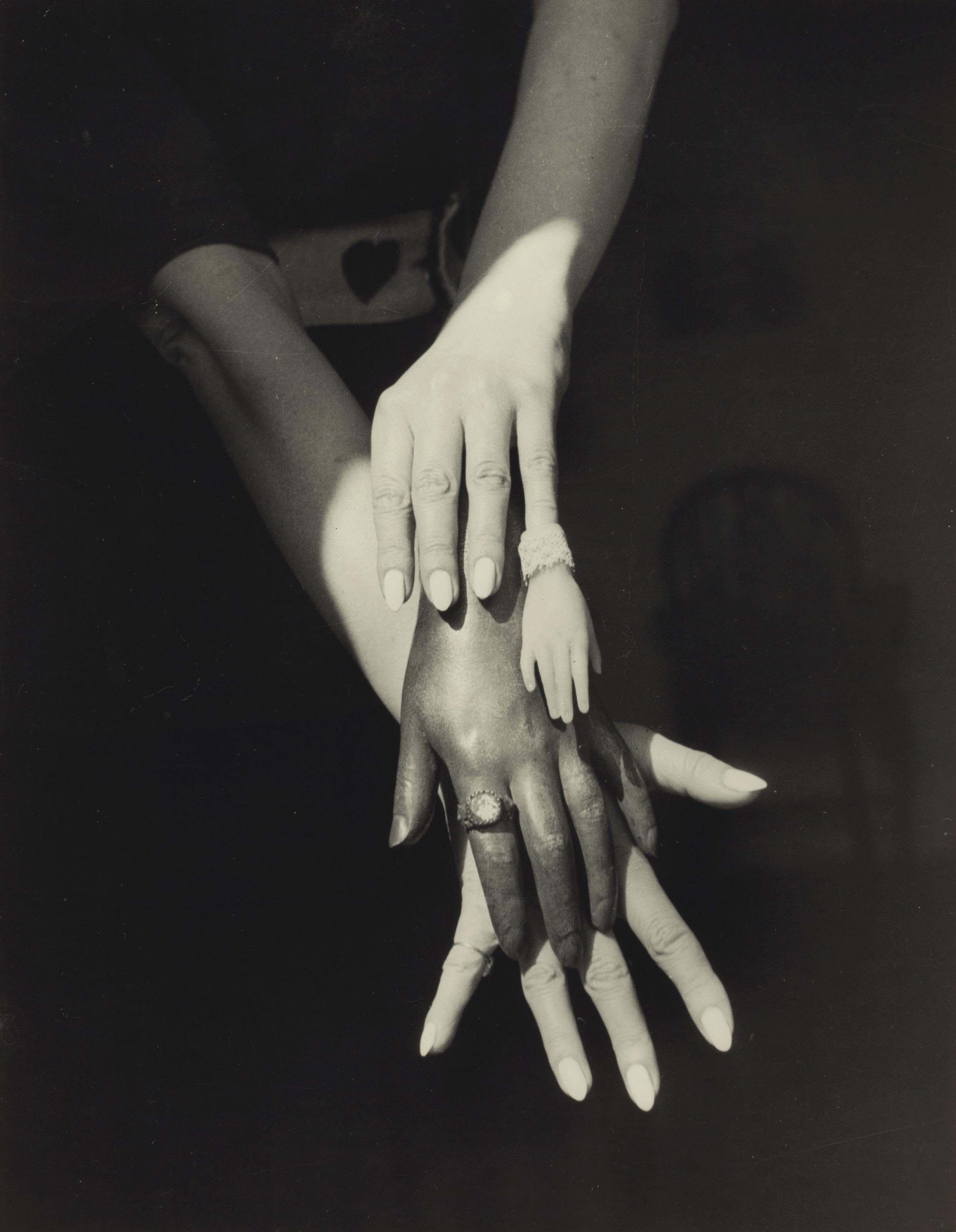 Les mains, 1939