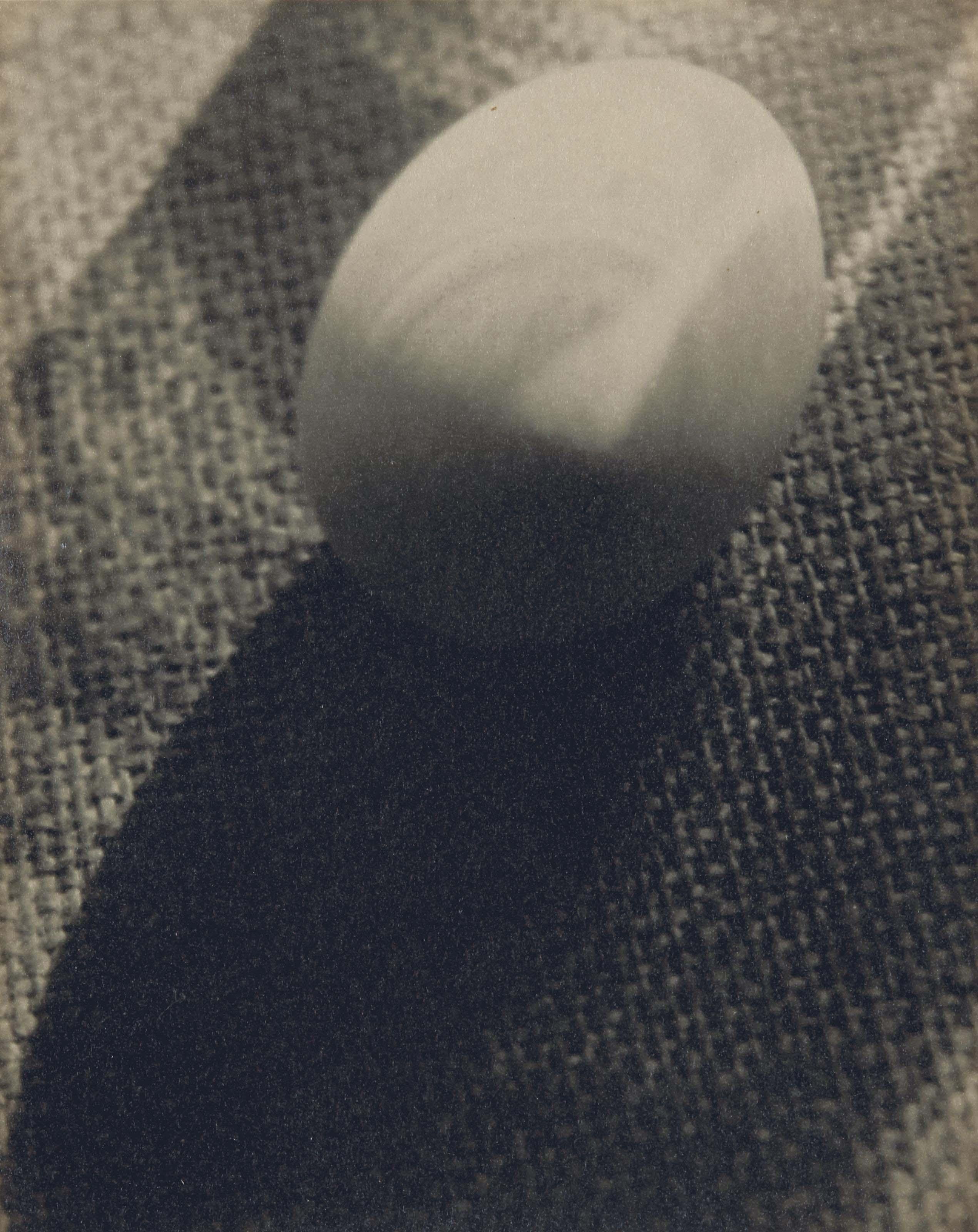 Egg on Run, 1931