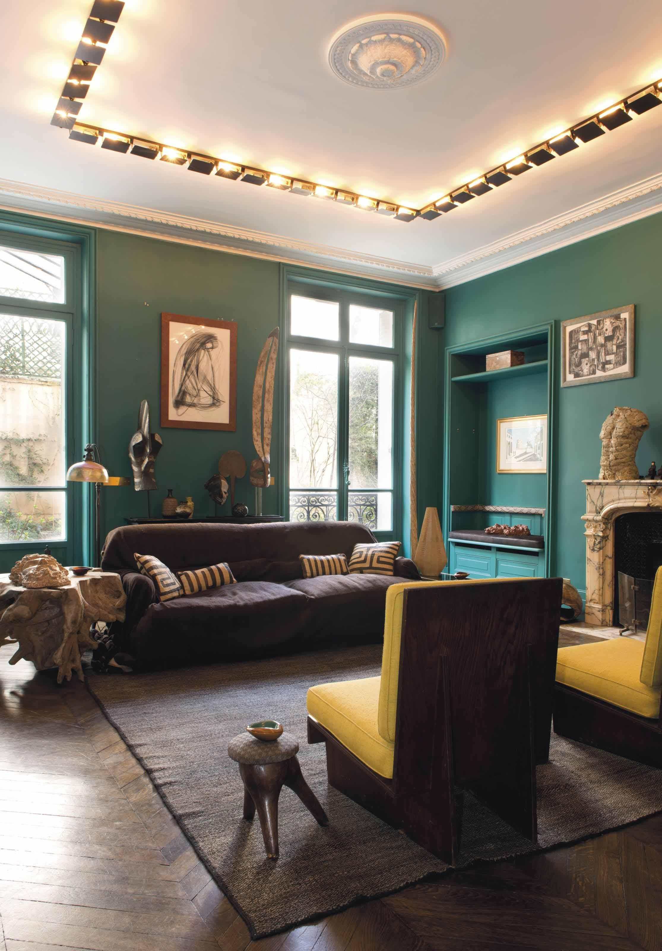 charlotte perriand 1903 1999 ensemble de soixante appliques 39 cp1 39 le mod le cr en 1962. Black Bedroom Furniture Sets. Home Design Ideas