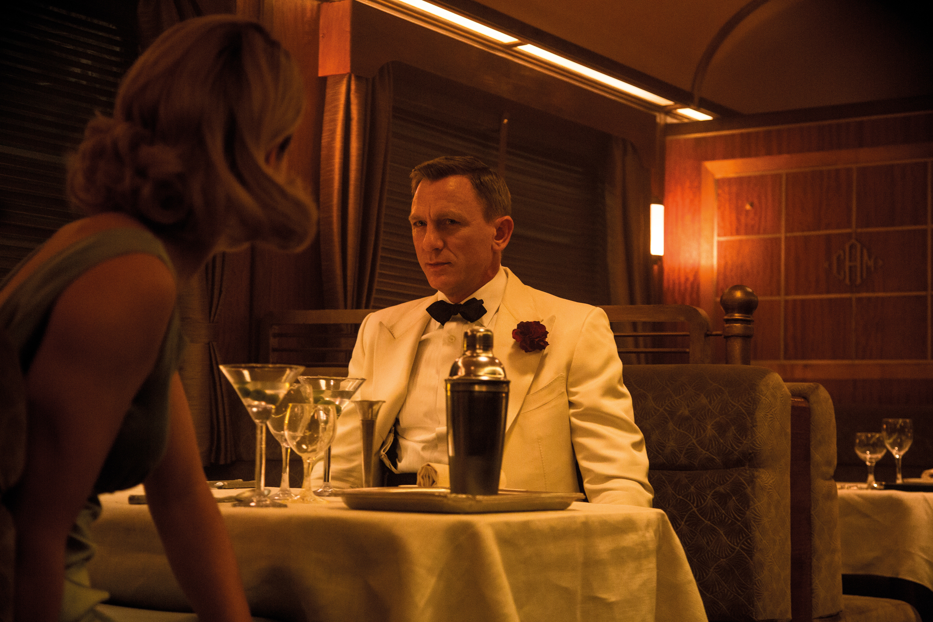A two-piece dinner suit by Tom Ford, worn by Daniel Craig as James Bond