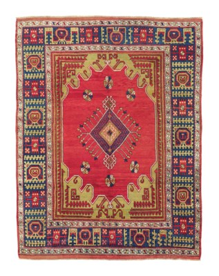 AN ANTIQUE BERGAMA LARGE RUG,