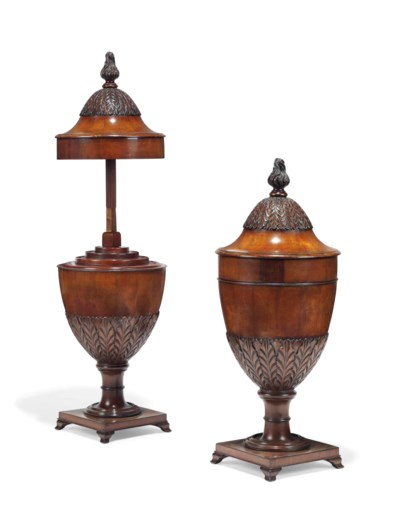 A PAIR OF ENGLISH MAHOGANY KNI