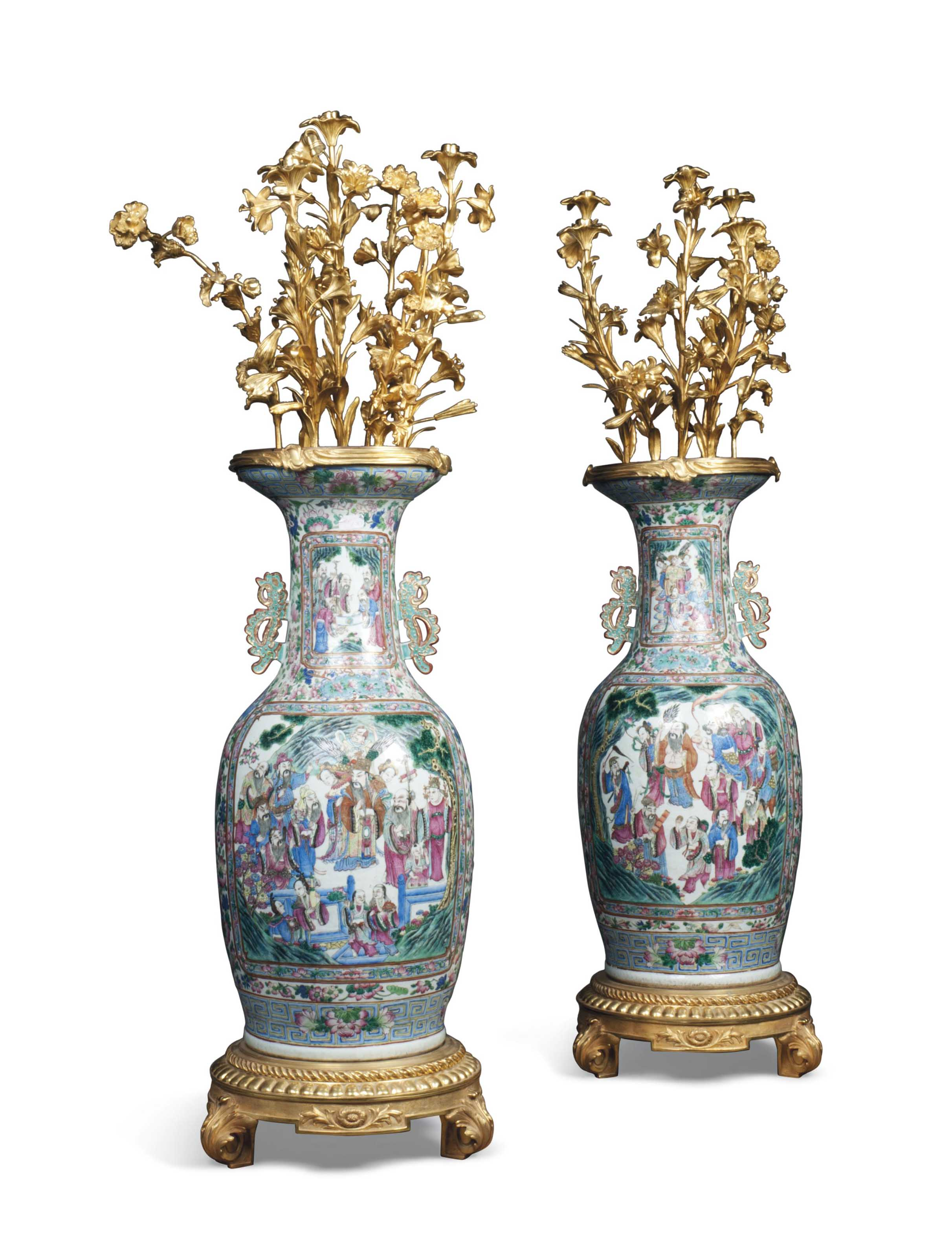 A PAIR OF LARGE CANTONESE GILT