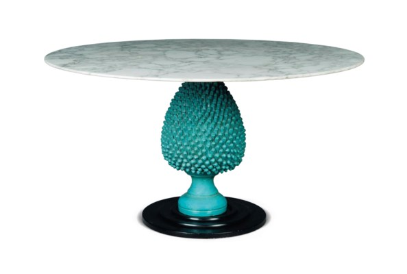 AN ITALIAN MARBLE CENTRE TABLE