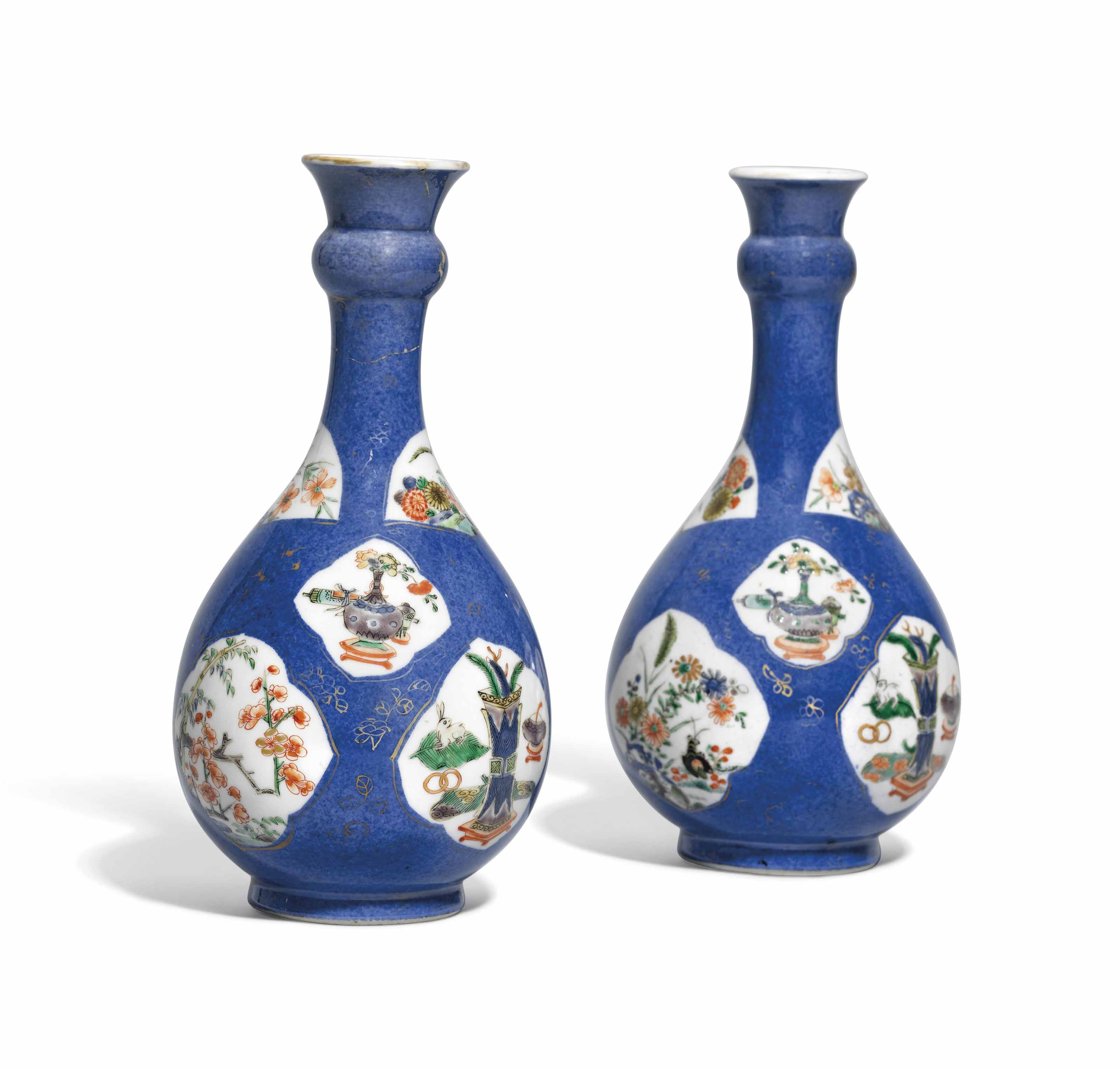 A PAIR OF CHINESE FAMILLLE VER
