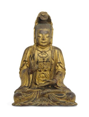 A GILT-WOOD FIGURE OF GUANYIN