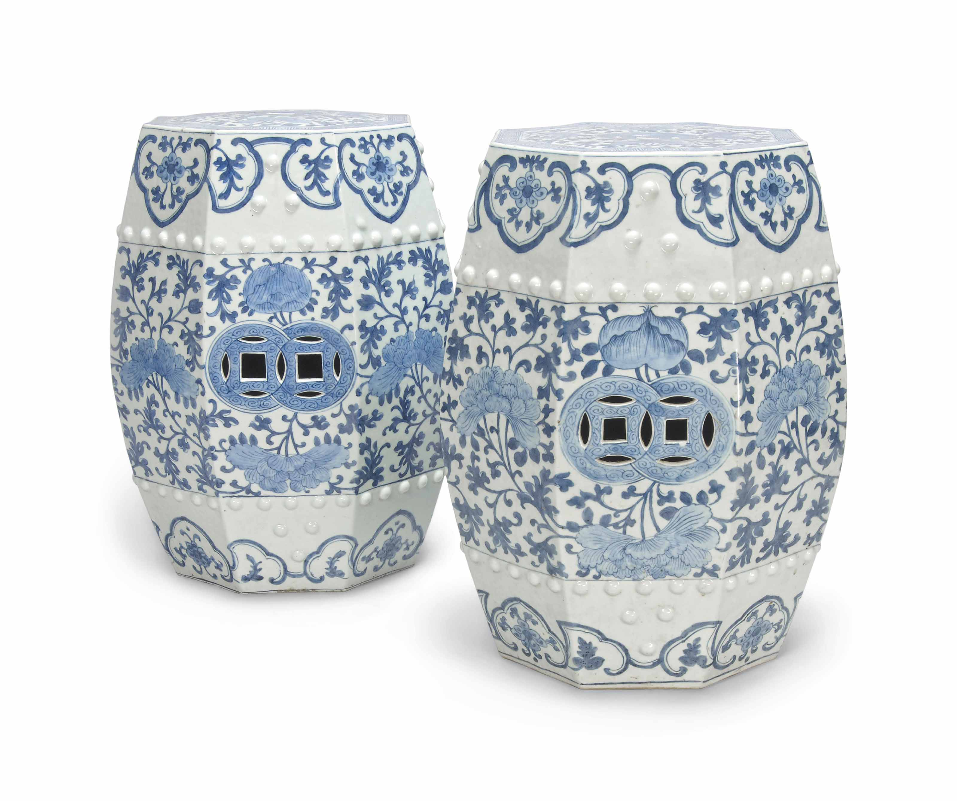 A PAIR OF OCTAGONAL BLUE AND W