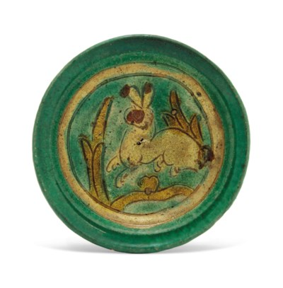 A SMALL SANCAI-GLAZED 'HARE' D