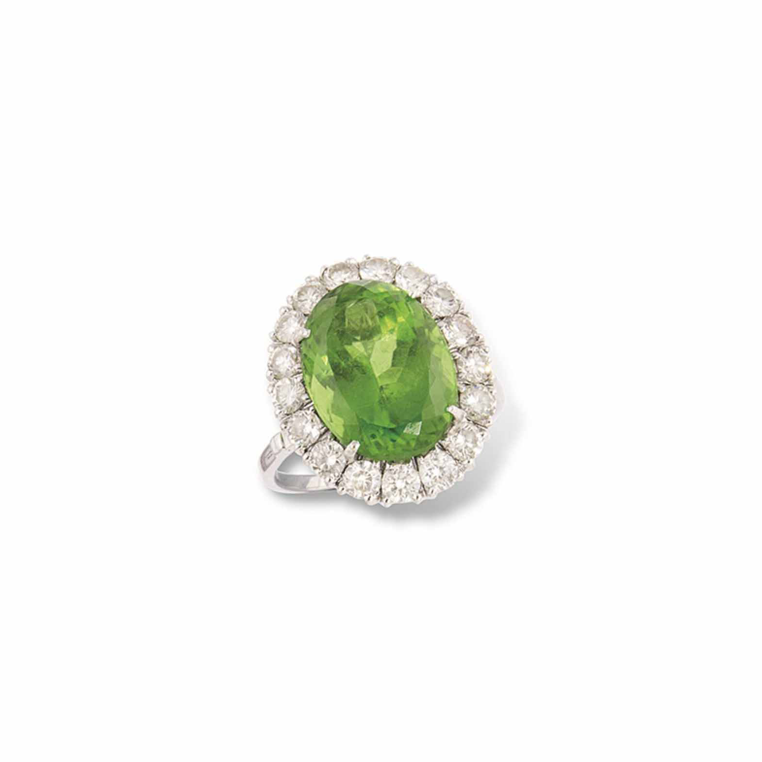 AN 18CT WHITE GOLD PERIDOT AND