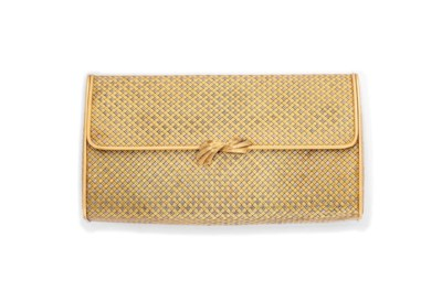 AN 18CT GOLD EVENING BAG