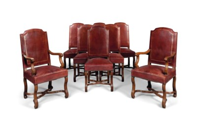 A SET OF EIGHT FRENCH GILT-TOO