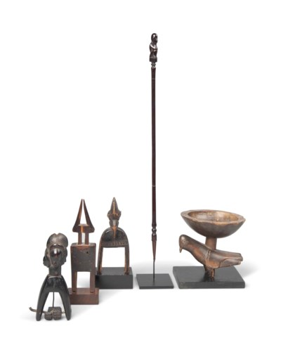 THREE HEDDLE PULLEYS AND A BAT