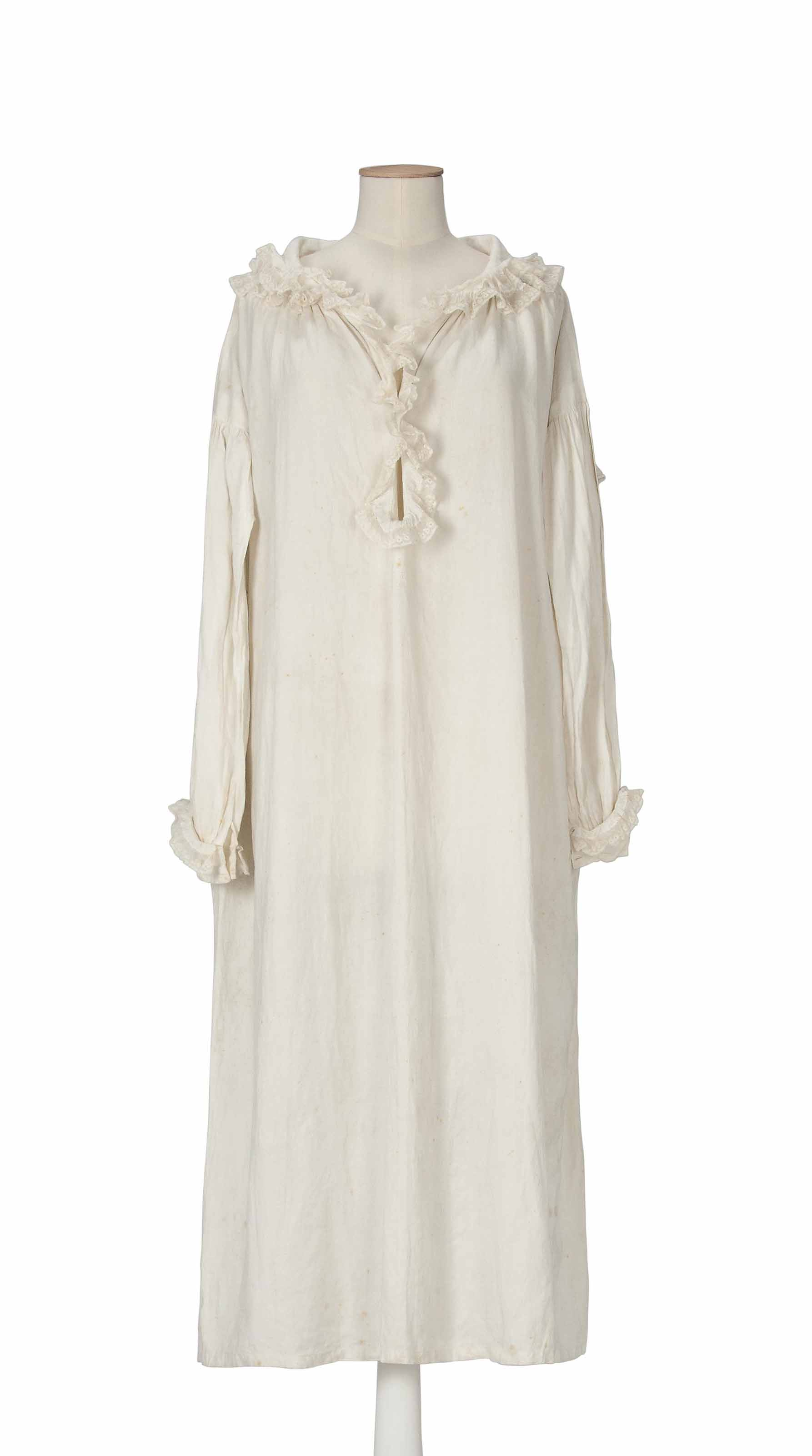 QUEEN VICTORIA (1819-1901) A LAWN COTTON NIGHTGOWN | MID-19TH ...